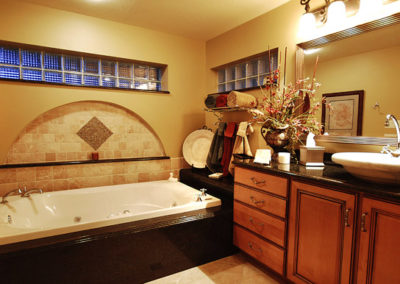 Featured-FL-Home-Remodeling-Contractor-Bathroom-Renovation-Photo (1)